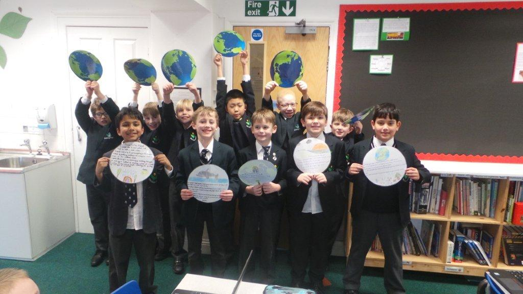 Year 4G support WWF Earth Hour